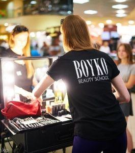 Boyko_beauty_school_karavan (3)