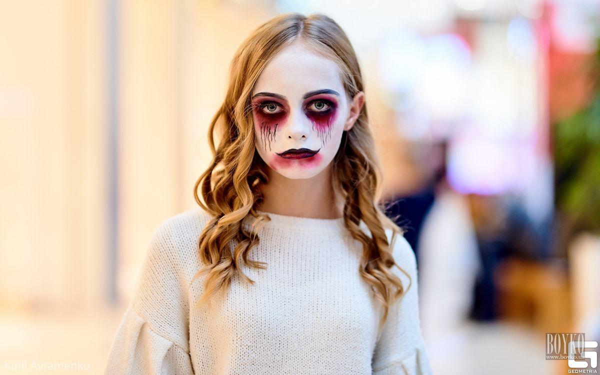 Boyko-Beauty-School-Halloween (10)