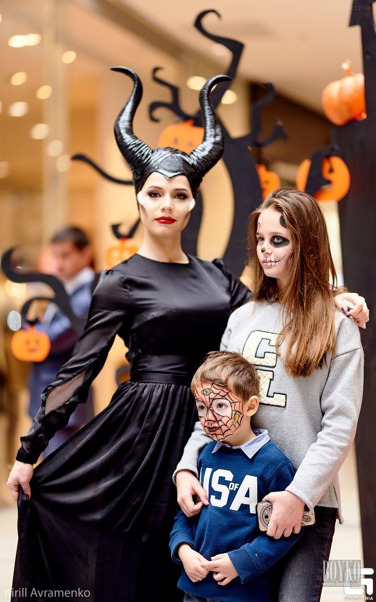 Boyko-Beauty-School-Halloween (5)
