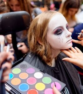 Boyko-Beauty-School-Halloween (7)