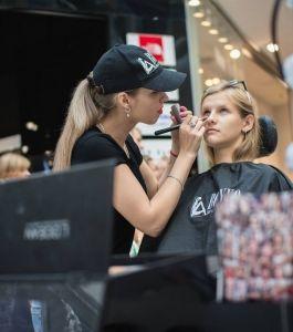 Boyko_Beauty_School_Sky_Mall_Shopping_Brunch_015