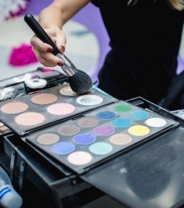 Boyko_Beauty_School_Sky_Mall_Shopping_Brunch_017