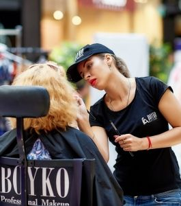 sky_mall_shoping_brunch_Boyko_Beauty_School (13)