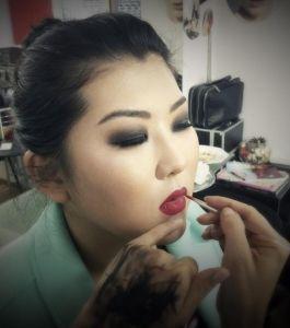 Красивый макияж,или макияж,делающий лицо красивым?